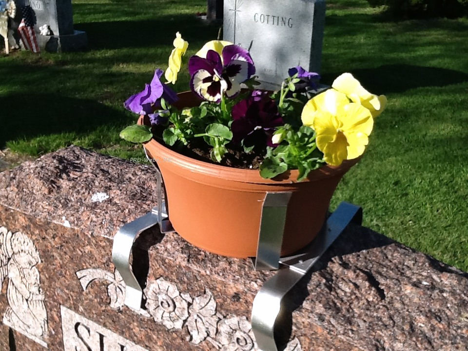 Cemetery Headstone Planter - 10in Round Terra Topper